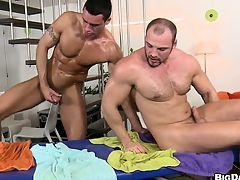 The boys count on head and hale he gets his ass pounded bareback style
